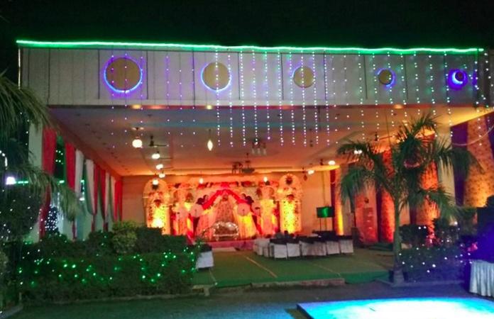 Ramkaur Palace Shahganj Agra - Banquet Hall