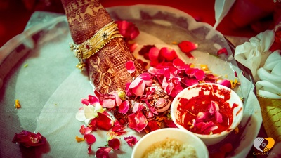 Wedding ceremonies with Rose petal essentials