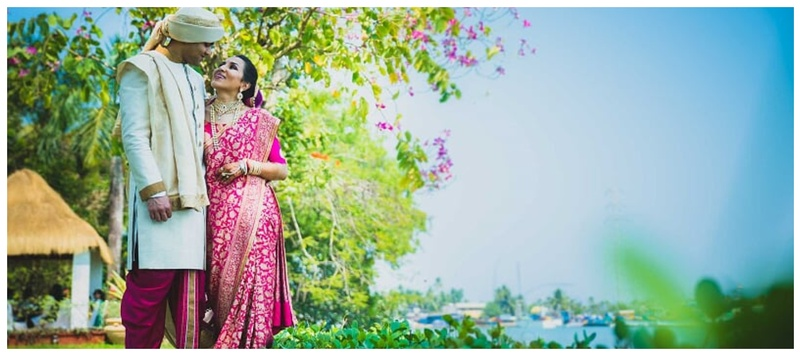 Amar & Rima Goa : This minimalist bride in a Banarasi saree has won our hearts!