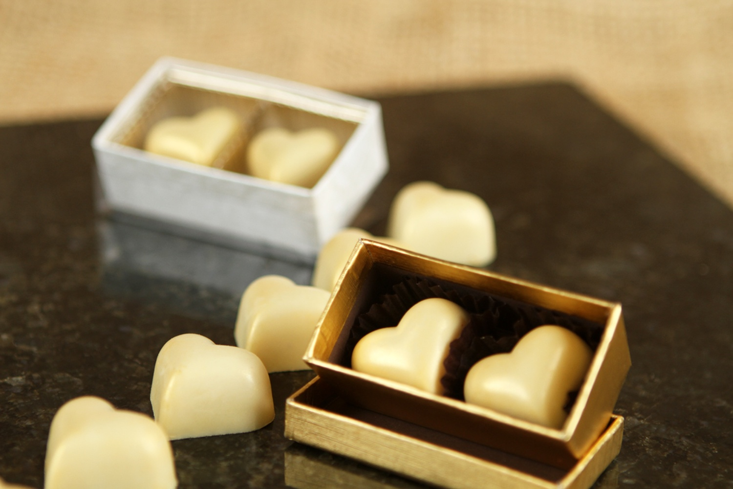 Velvet Fine Chocolates Wedding Gifts In Chembur Mumbai