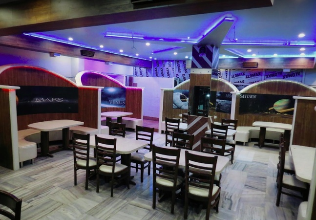 The Star Diner And Party Hall Agra Cantt Agra - Birthday Party Halls