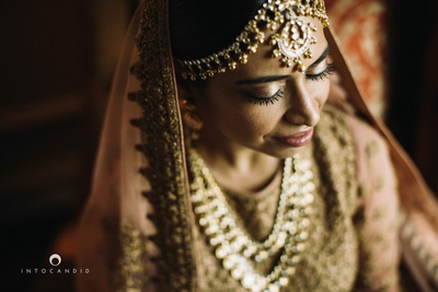 Bridal shot by Into Candid Photography.
