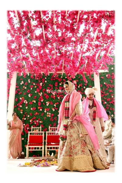 Bride and groom take their saat phere