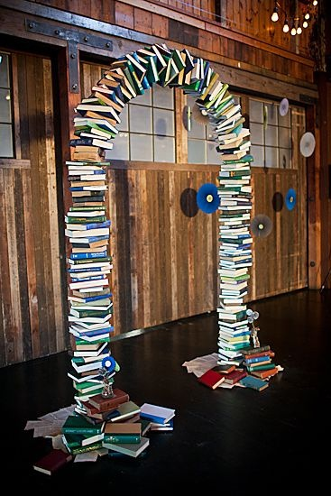 10-photo-booth-decor-ideas-to-have-at-your-wedding-22.jpg