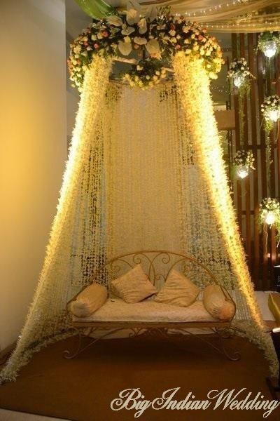 Mehndi Decoration Ideas That Are Simple Classy Wedding Decor Wedding Blog