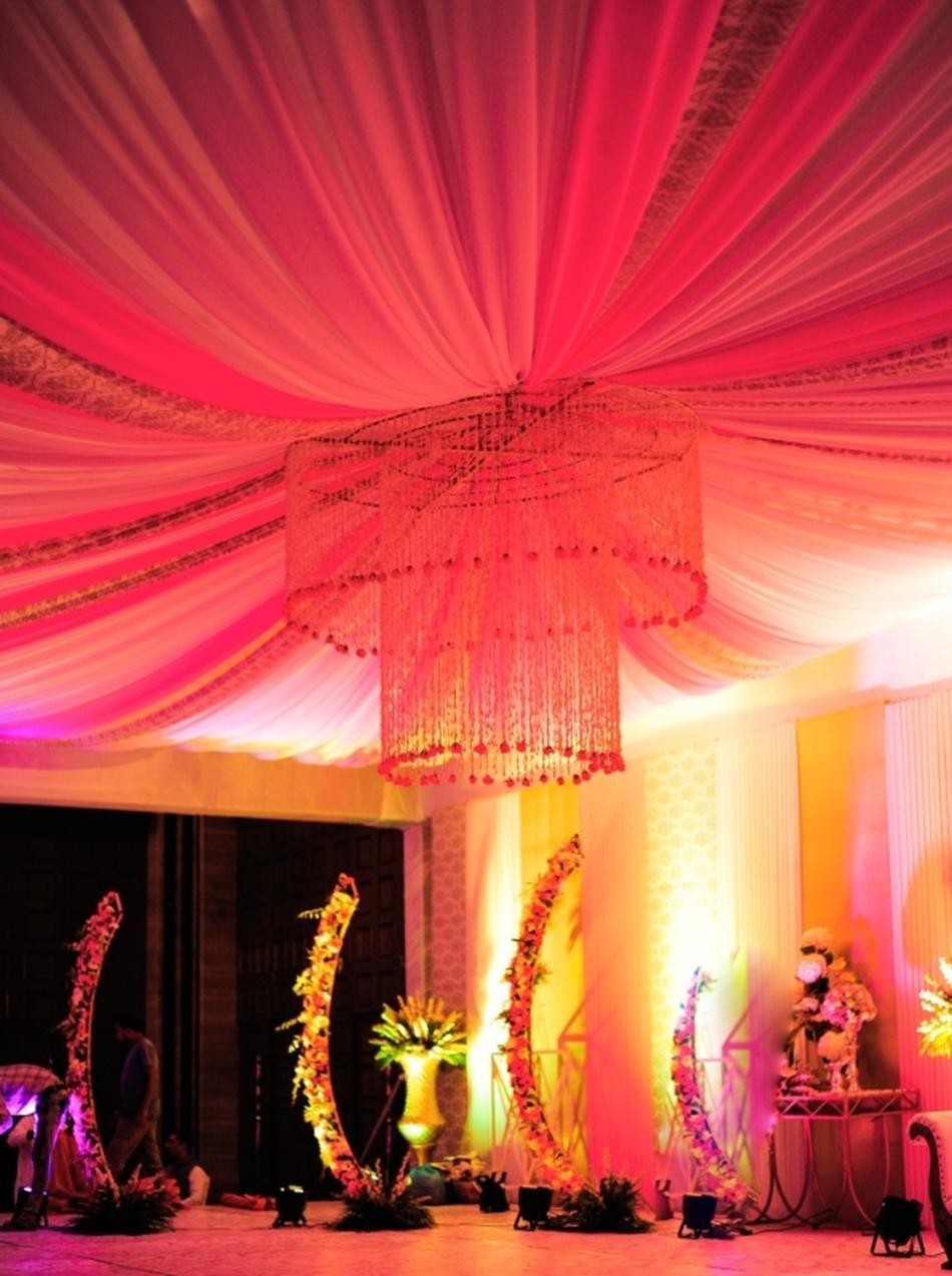 Hyatt regency gurgaon delhi banquet hall wedding lawn for Decor international delhi