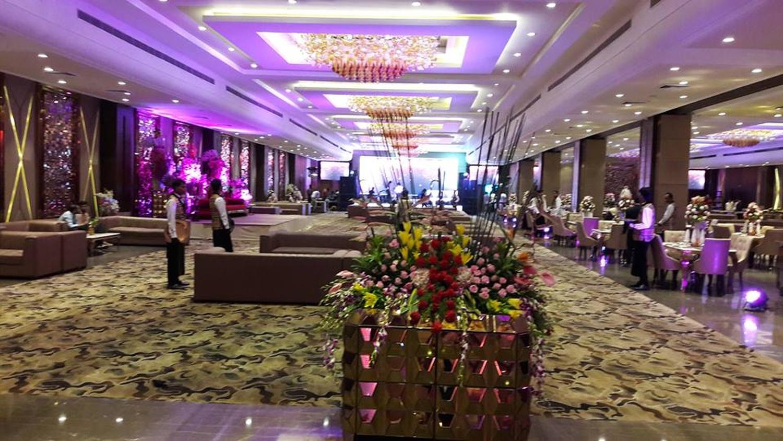The Emerald By Eleven Course Ashok Vihar Delhi Delhi Banquet Hall