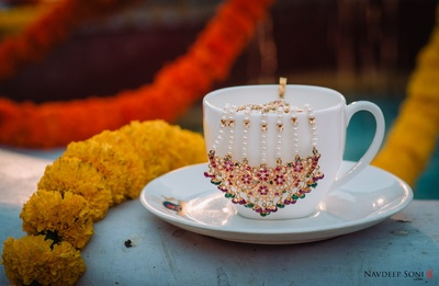 amazing capture of the bride's pasa by Navdeep Soni Photography