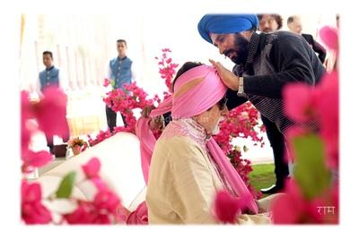 Amitabh Bachchan preparing for the wedding ceremony
