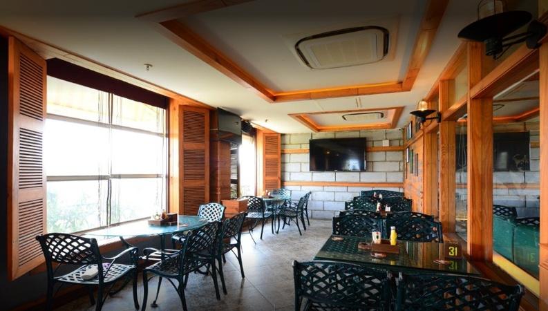Vapour Bar Exchange Sector 29 Gurugram - Others