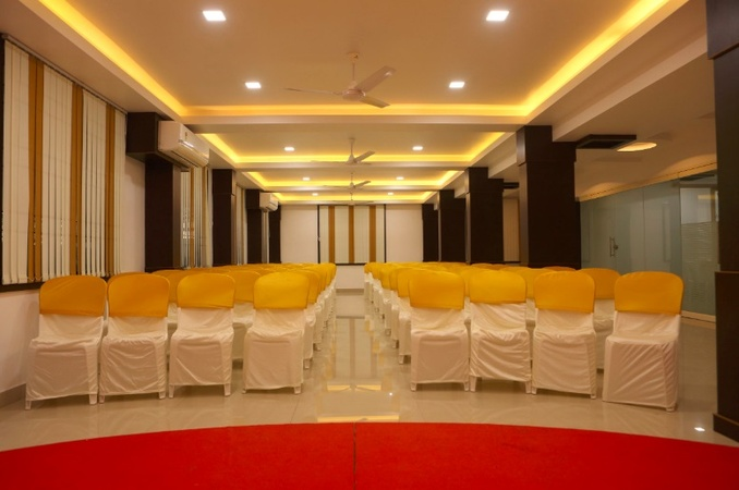 Kaypees Inn Edappally Kochi - Banquet Hall