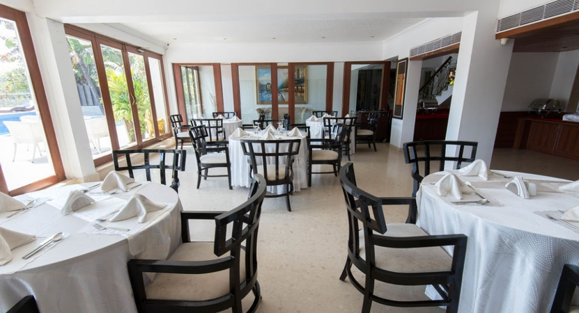 White Pearl Suites Arpora Goa - Banquet Hall