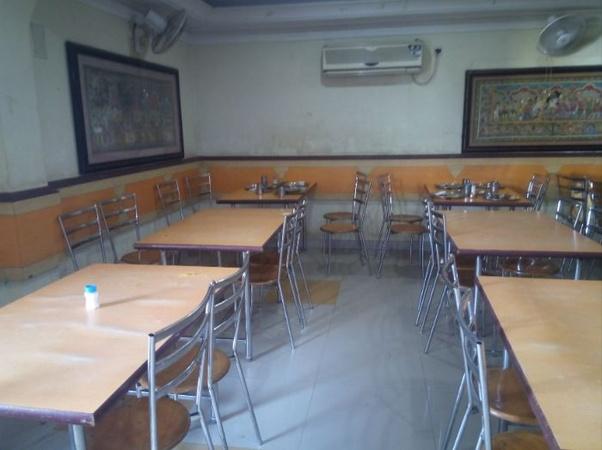 Hotel Gouri Cottage Old Town Bhubaneswar - Banquet Hall