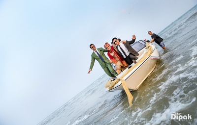 There cannot be a more filmy and fun-filled groom's entry than this one!