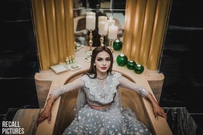 Bride in a stunning Tarun Tahiliani lehenga