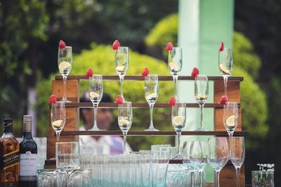bar decor ideas for the mehendi ceremony
