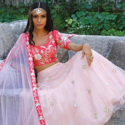 Saumya & Bhavini Modi