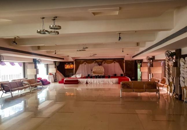 Lodhiya Wadi Hall Vile Parle West Mumbai - Banquet Hall
