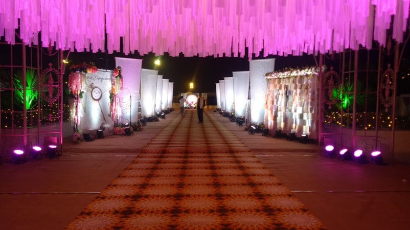 Shivaay Farm And Banquet Gotri Road Baroda - Wedding Lawn
