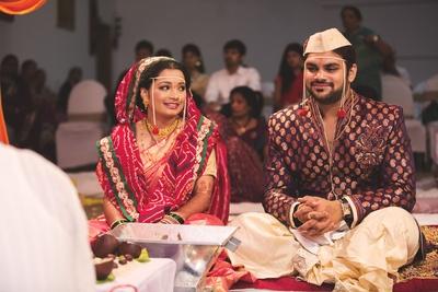 Bandhani dupatta and shimmer silk saree