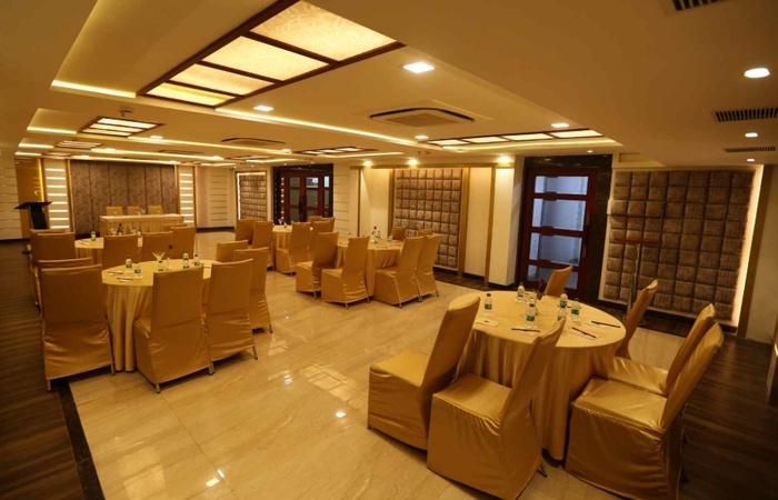 Comfort Inn Benares Varanasi Cantt Varanasi - Banquet Hall