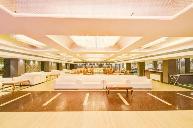 Hotel Mukut Regency Vasundhara Ghaziabad - Banquet Hall