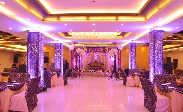 Sea shell banquets kirti nagar delhi banquet hall weddingz sea shell banquets stopboris Image collections