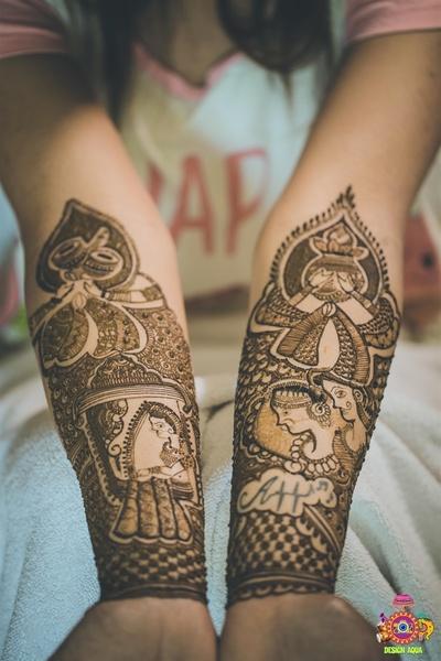 Intricate hand mehendi design