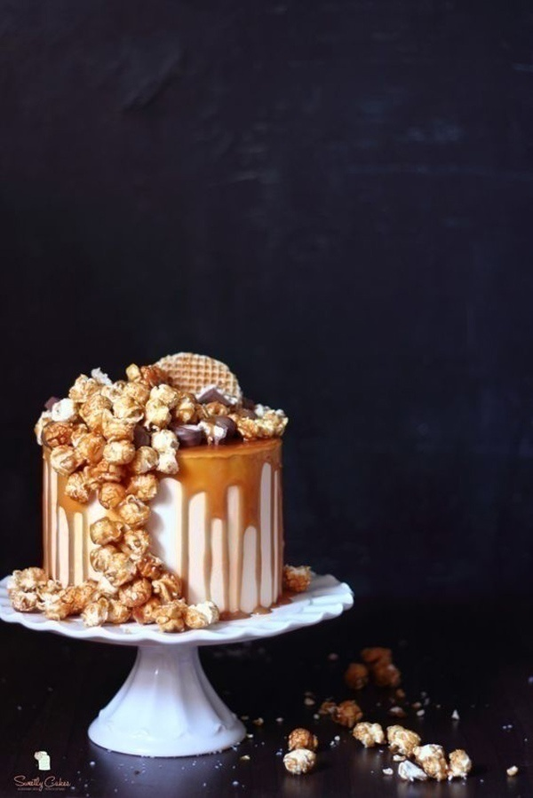 Sweet and Salty: Salted Caramel Wedding Cakes