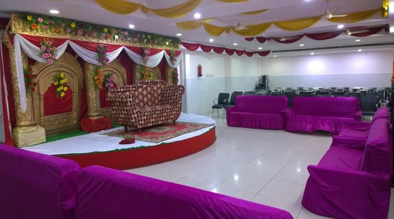 S.K. Palace Banquet Halls Vikas Nagar Lucknow - Banquet Hall