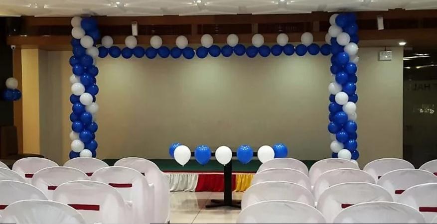 Govardhan Family Restaurant And Banquet Varachha Surat - Banquet Hall
