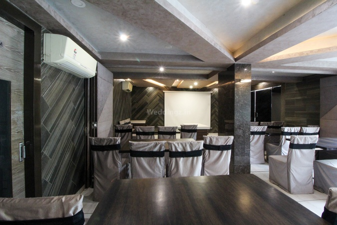 Hotel Bait Inn Ashram road Ahmedabad - Banquet Hall