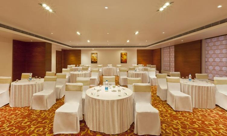 Gokulam Park Neelambur Coimbatore - Banquet Hall