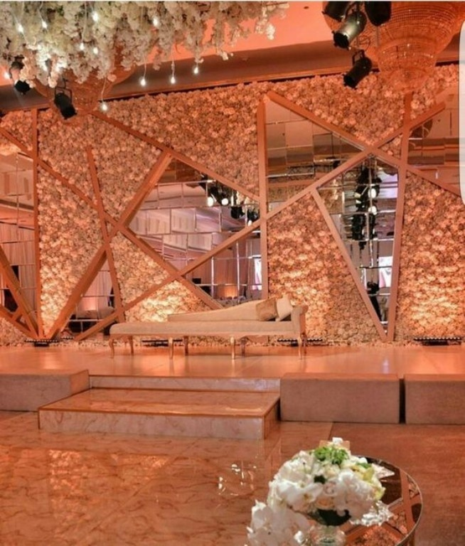 Trending Stage Decoration Ideas For Your Wedding Reception In 2018