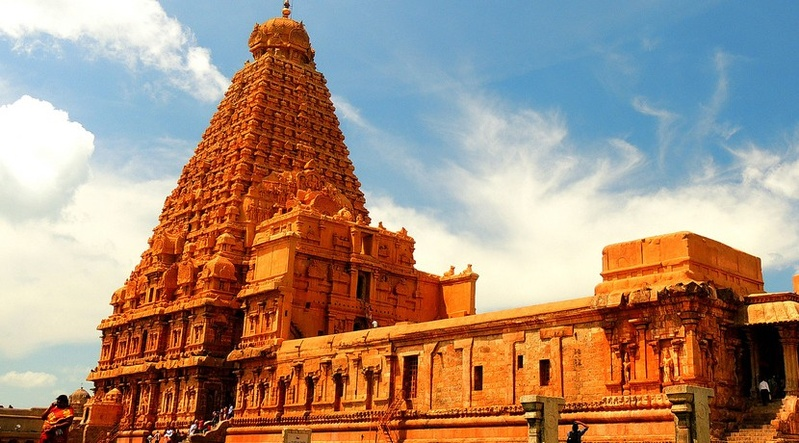2. Brihadeeswarar Temple, Tamil Nadu