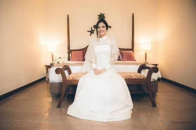Arlene and Claude's Black & White Themed Contemporary Catholic Wedding and Reception at Holiday Inn, Goa
