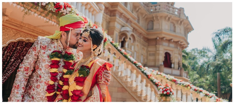 Roshan & Gayatri Mumbai : Themed functions, lots of celebration and grandeur – this couple got hitched in a regal way!