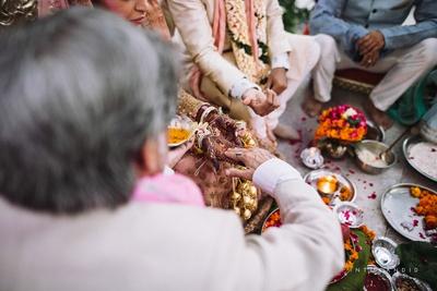 Wedding rituals .