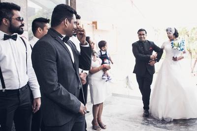 Bride Ujwala entering the wedding venue .