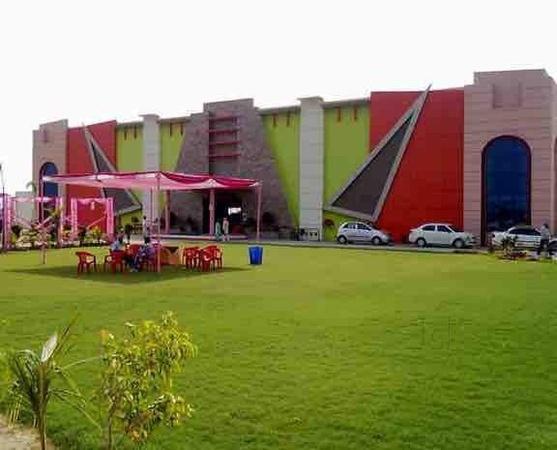 Harpal Resort Pakhowal Road Ludhiana - Banquet Hall