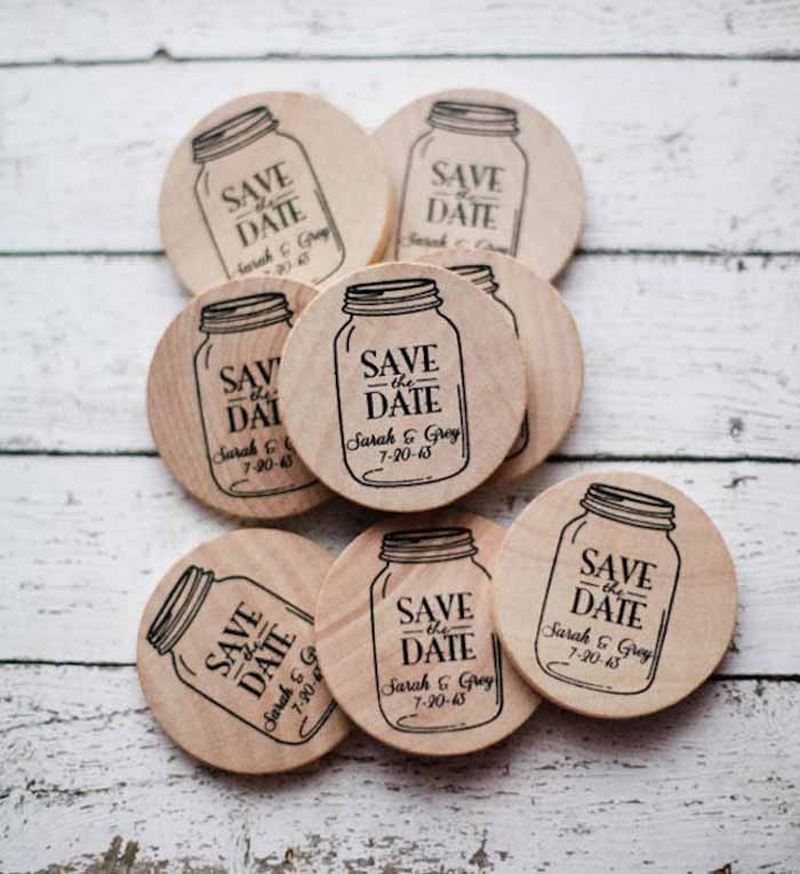 20 Save the Date Photo Ideas We Love-Love-Love!