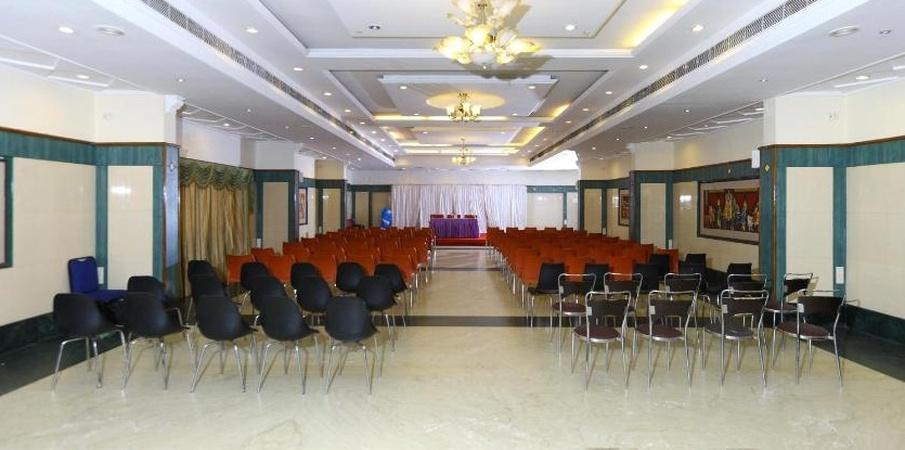 Hotel Mount Heera Alandur Chennai - Banquet Hall