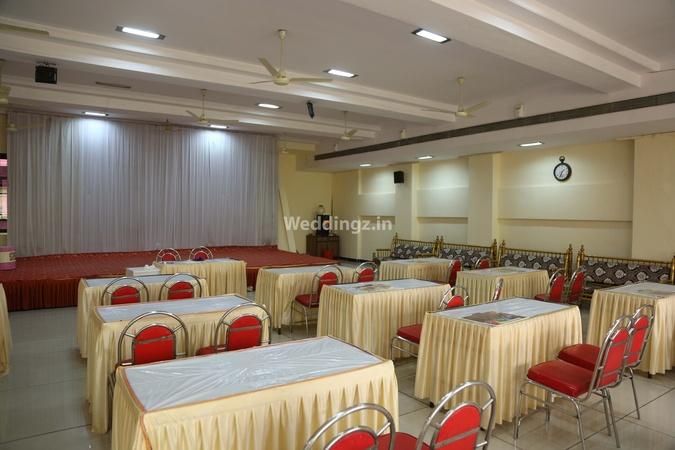 Vinayak Banquet Hall Kalyan Mumbai - Banquet Hall