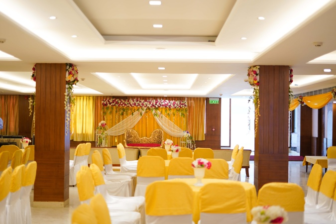 Hotel Chandigarh Beckons Sector-42 Chandigarh - Banquet Hall