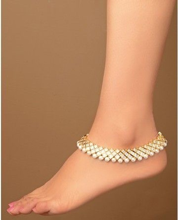 Bridal Pearl Feet Jewellery – For Those Stunning Close Foot Images