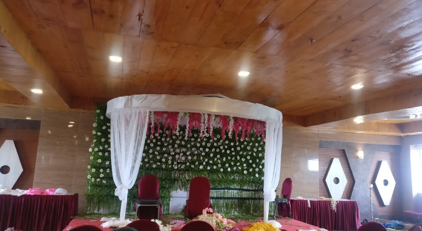 Hotel Nesh Inn Anandpuri Patna - Banquet Hall