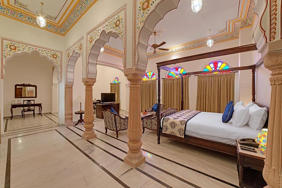 Jai Bagh Palace Kukas Jaipur Banquet Hall Wedding Lawn Weddingz In