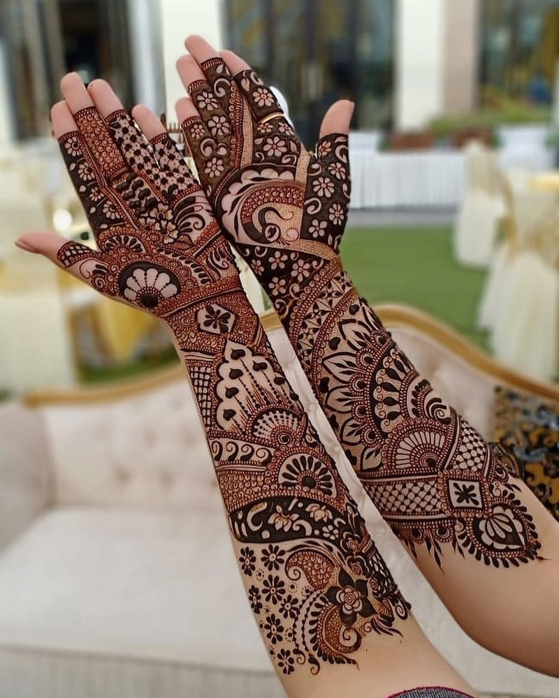 25 Latest Inspiring Mehndi Designs For 2019 Weddings Bridal Mehendi And Makeup Wedding Blog