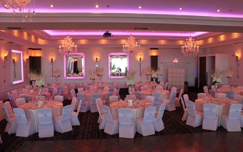 Best wedding reception halls in Vile Parle to Celebrate the Wedding of your Dreams