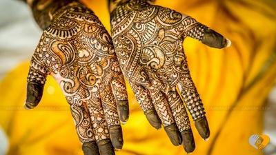 Intricate detailed bridal mehendi designs